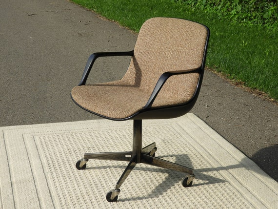 Mid century office chair Retro Computer Image Etsy Mid Century Office Chair Vintage Eames Style Chair Chrome Etsy