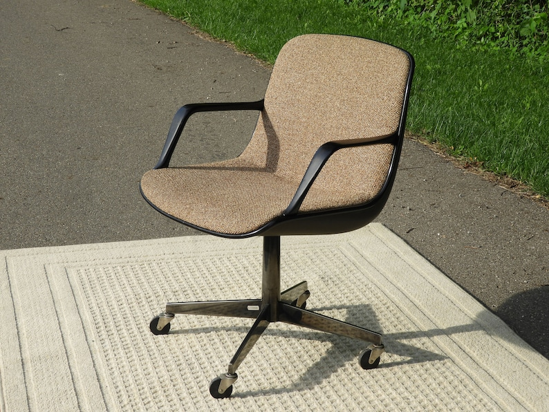 Charmant Mid Century Office Chair, Vintage Eames Style Chair, Chrome U0026 Tweed Accent,  Gold And Black Desk Chair, Modern Style Furniture