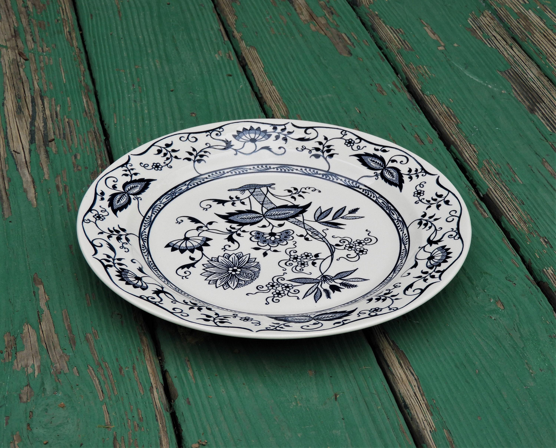 Vintage Blue Onion Platter Dining Room Centerpiece Kitchen Decoration Round Ceramic Dinnerware Asian Inspired Plate Decorative China