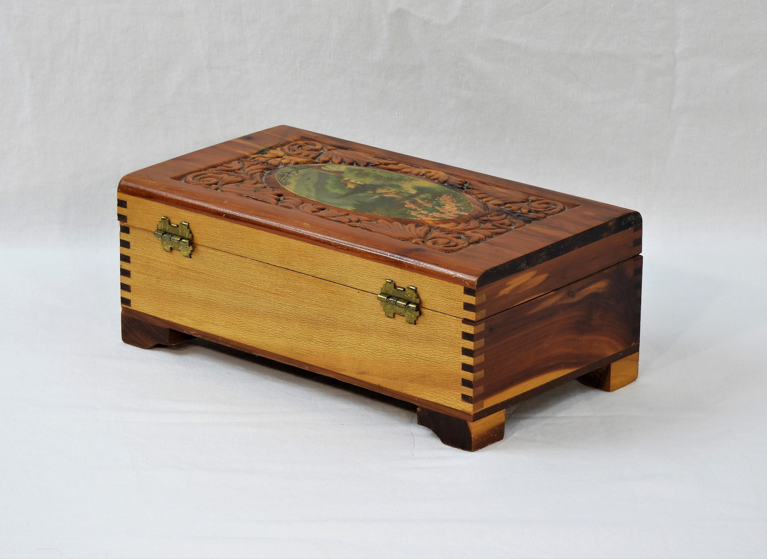 Vintage Jewelry Box Cedar Storage Wood Keepsake Chest