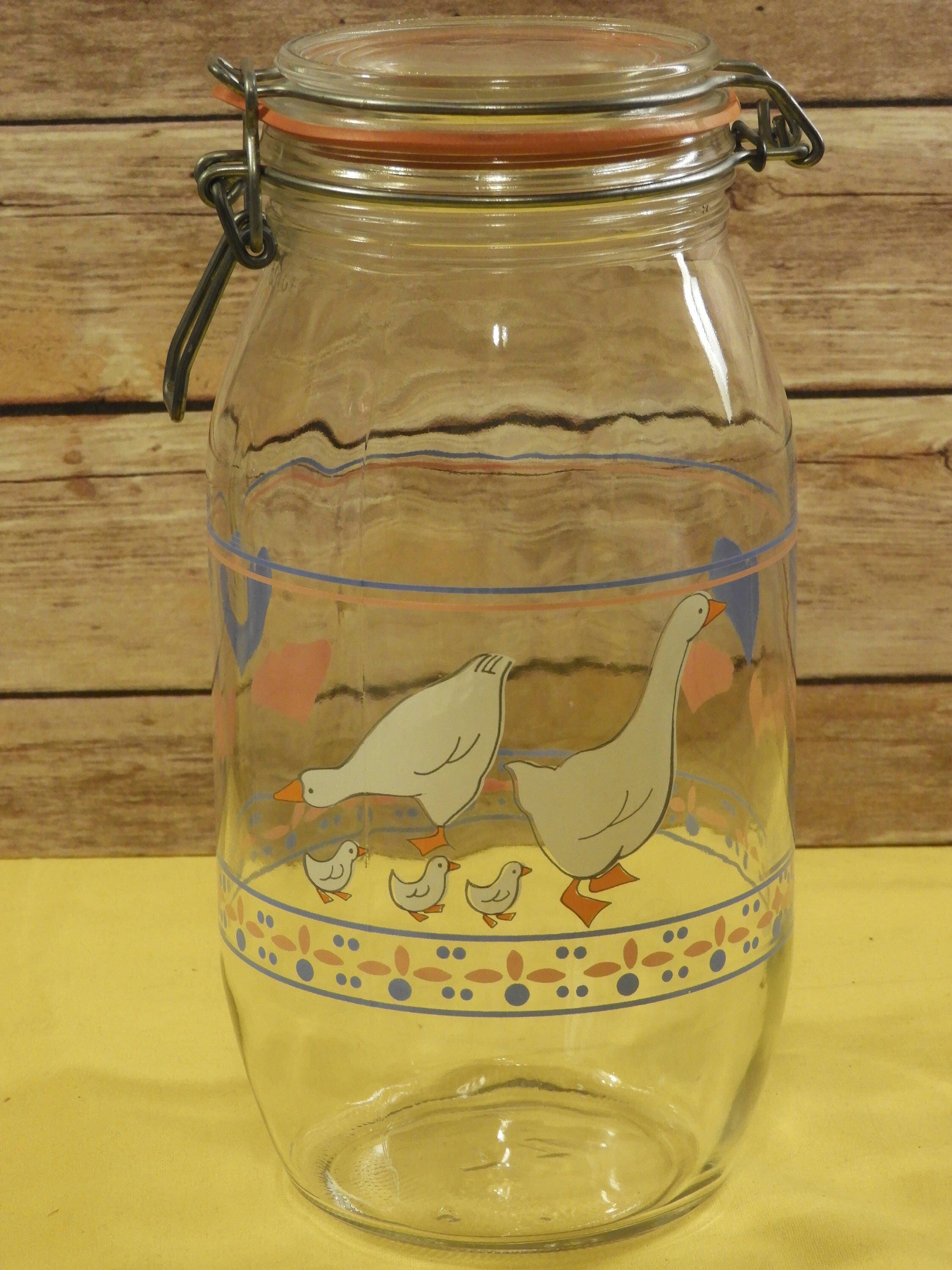 Vintage Arcoroc Duck Theme Glass Canister, 2 Liter Glass Apothecary Jar W/Rubber  Seal,Ornate Glass Storage Jar,Arco France Jar, Kitchen Jars