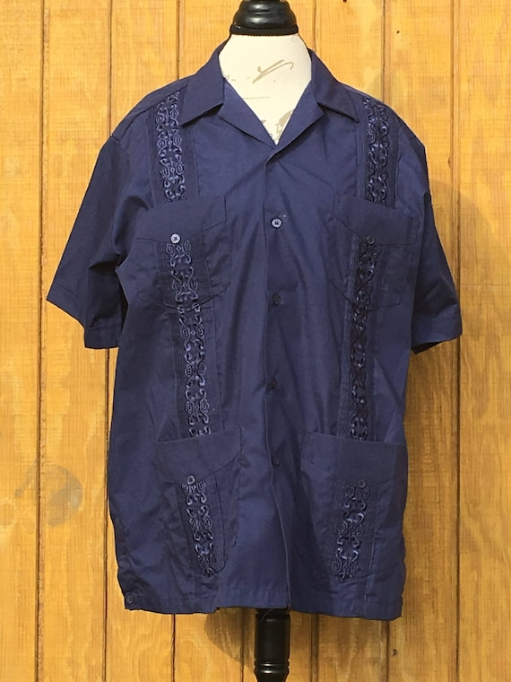 Navy Short Medium Shirt Embellished Latino Guayabera Blue Guayabera Men's NSC Men's Down Button Clothing Ca Men's Vintage Sleeve xtYwIn6fqf