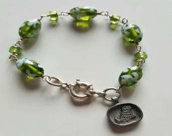Green Green Lamp Work Glass Floral Bead Bracelet with Sterling Silver