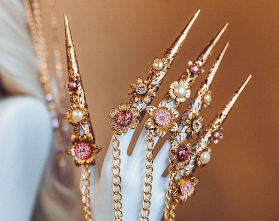 Flower Finger Claws, Gold Bracelet, Nails Jewellery, Halloween, Filigree Jewellery, Gold Finger Jewellery, Photo props, Flower Jewelry, Boho