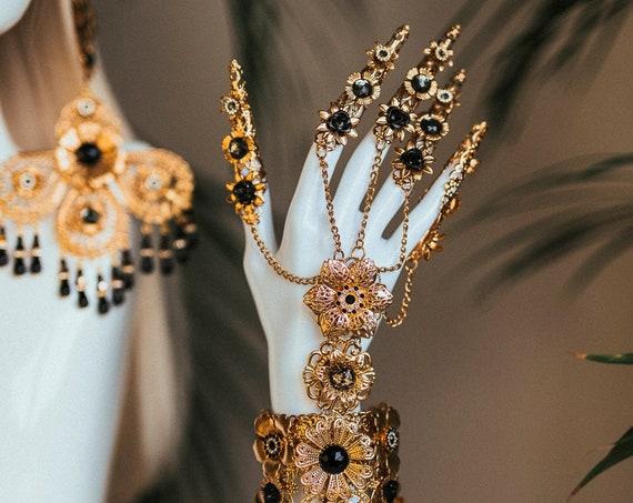Black Fingers Jewellery, Gold Bracelet, Nails Jewellery, Halloween, Filigree Jewellery, Gold Fingers, Sugar skull, Photo props, Finger claws