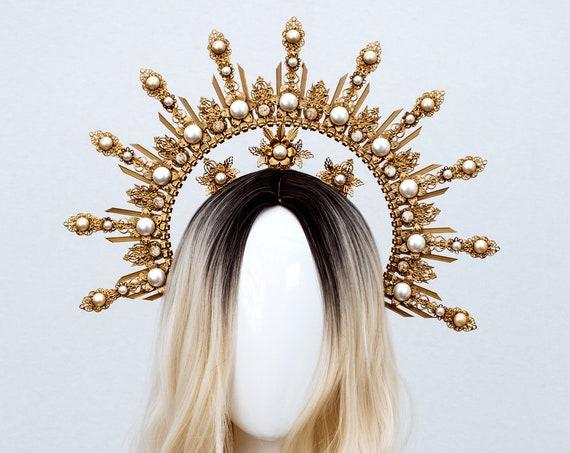 Halo Crown, Flower Halo Headband, Halo, Halo Headpiece, Crown, Headband, Headpiece, Boho Wedding Crown, Boho Chic Crown, Bride to be, Boho