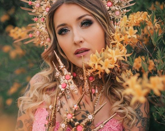 Hot Pink Finger Claws, Gold Bracelet, Nails Jewellery, Halloween, Filigree Jewellery, Gold Fingers, Sugar skull, Photo props, Jewellery