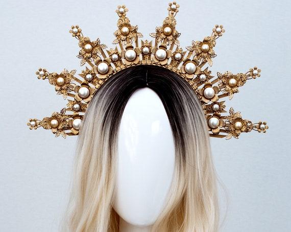 Gold Halo crown, Glitter Halo Headpiece, Festival crown, Festival headpiece, Met Gala Crown, Sunburst Crown, Boho Wedding, Mary Crown, Boho