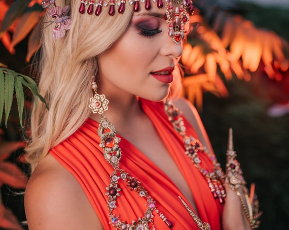 Flower Earrings, Long Earrings, Gold Earrings, Butterfly Earrings,Red Earrings, Butterflies, Flowers, Romantic Earrings, Photo Props, Boho