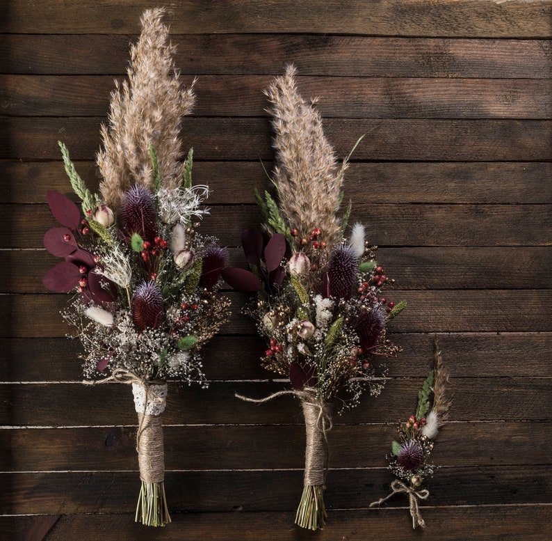 3 reasons why natural dried flower arrangements are perfect - dried flowers - wedding ideas - wedding ideas blog - K'Mich Weddings Philadelphia - partial weddings - esty.com