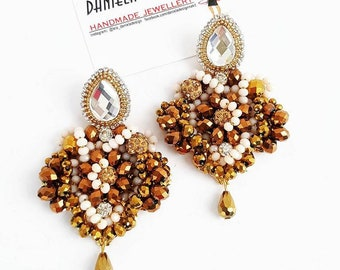 Gold crystals earrings