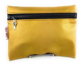 Make-up kit, gold bag flat pouch