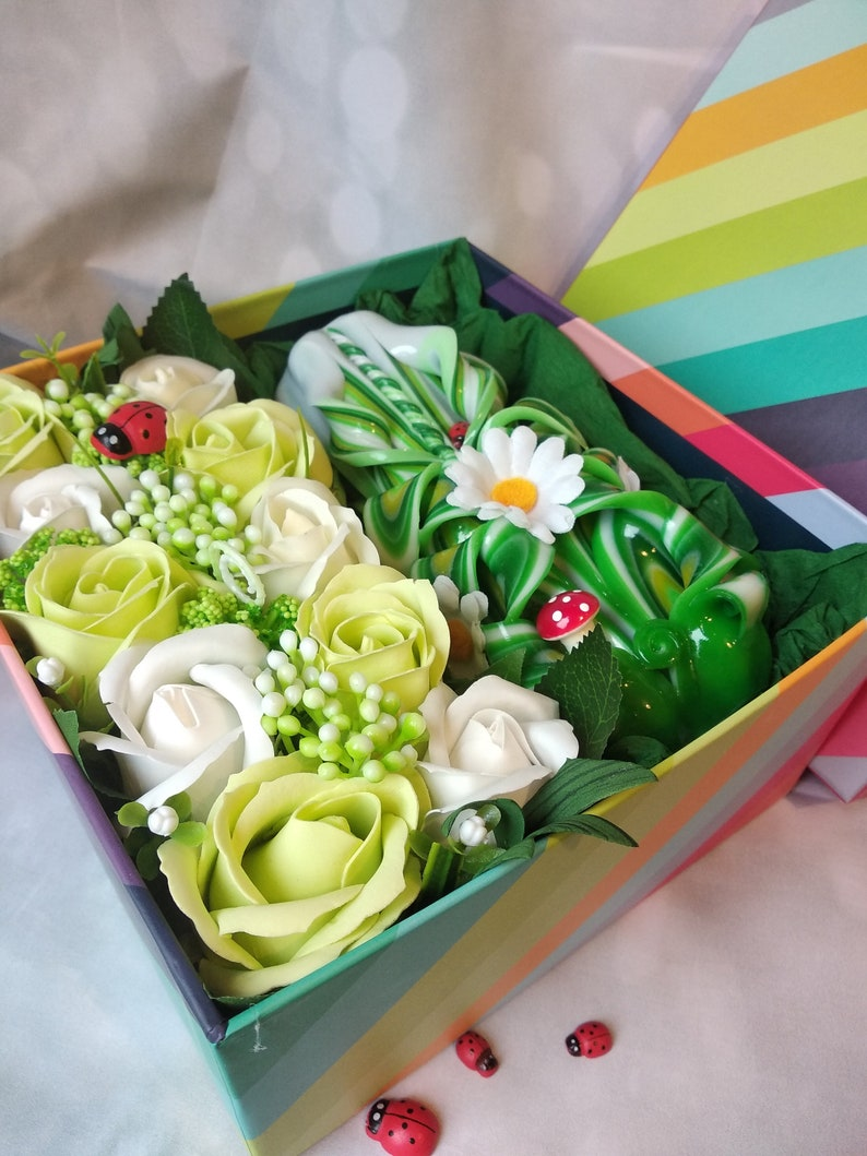 Carved candles Gift box Mother/'s Day Wedding Birthday Gift Valentine/'s Day Bath Home Flower Bouquet Luxury Handmade Soap Gift for her