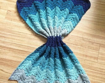 Blue Waves soft baby blanket
