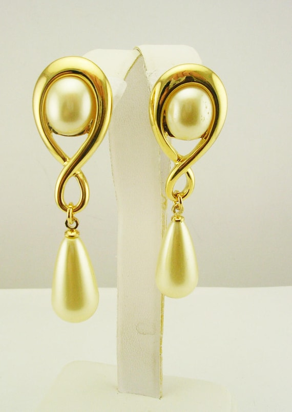 e9c4e00a1 Kenneth Jay Lane Faux Pearl Drop Earrings QVC sold out   Etsy
