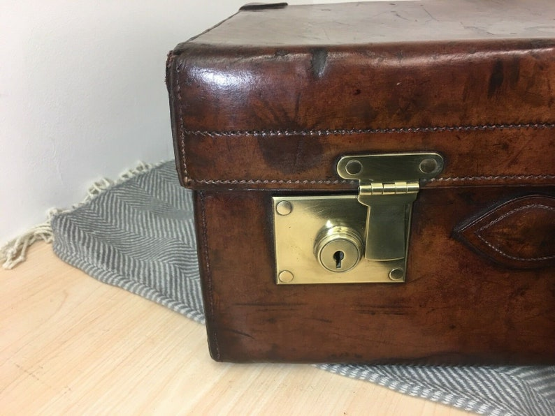Antique H Greaves Heavy Leather Chunky Motoring Travel Suitcase Royal C.1860
