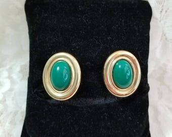 Vintage Monet Green and Goldtone Clip on Earrings