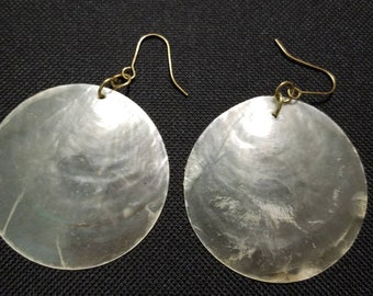 Vintage Delicate Translucent Shell Disc Pierced Earrings
