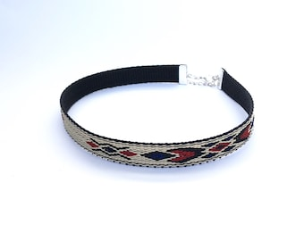 Dog friendship matching choker. Native blue and red woven choker. Find a matching dog collar, leash or harness in the shop