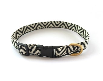 black and white pattern Dog Collar