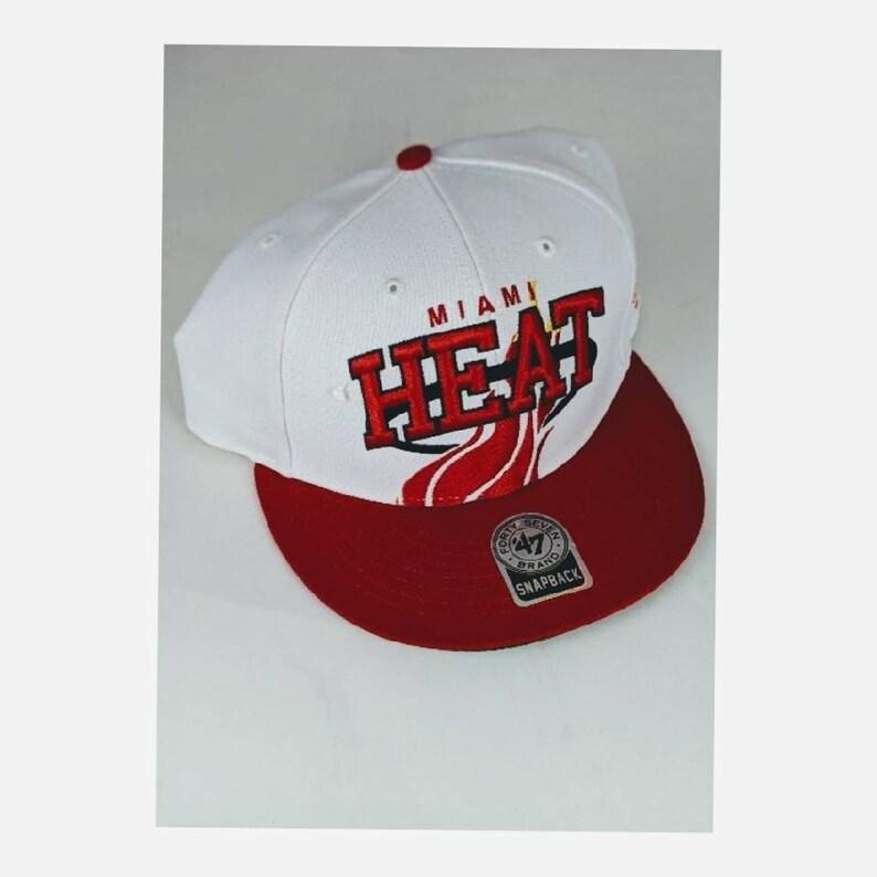3f4cbeffb31288 Vintage Deadstock Snapback Miami Heat White red cap hat NBA   Etsy