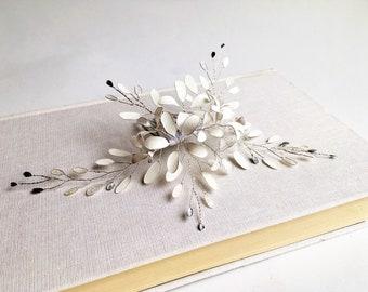 Haarkamm mit Blütendesign