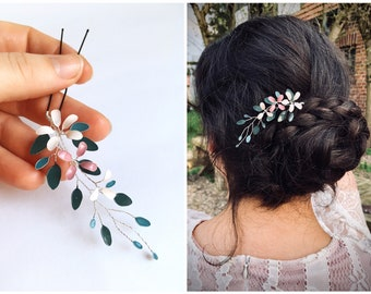 Hairpin with flower vine