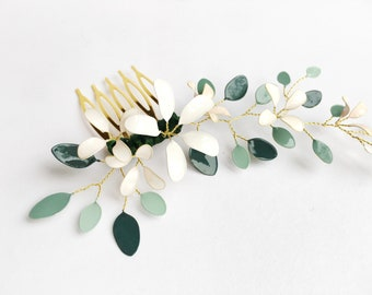 Hair comb with flower design