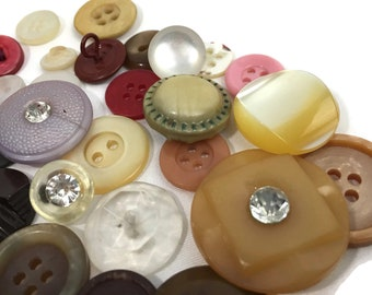 Vintage Button Mixed lot Collection Assorted Sizes and Colors Cottage Chic Style Card Making Sewing Creating collage Journaling Mid Century
