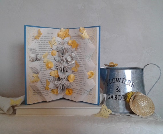 Book Sculpture Book Bouquet Origami Flowers Book Page Etsy