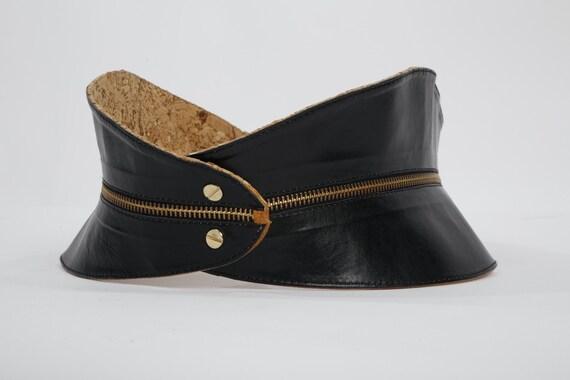 Vintage RAINA Black Beige Zipper Reversible Leathe
