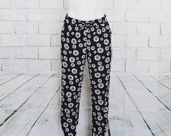 Vintage Black Daisy Low Waist Pants