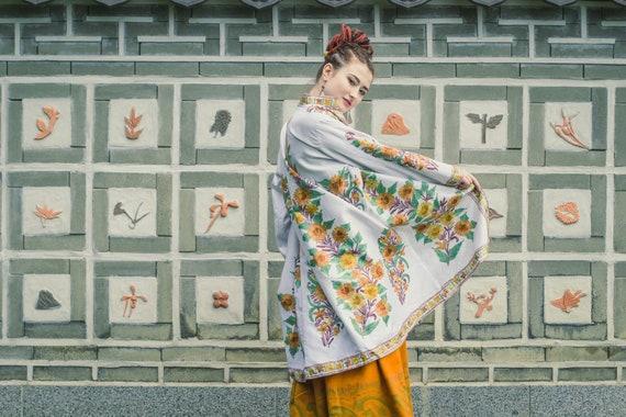 14ffe023c72 Bohemian white silk embroidery jacket gypsy Kashmir kaftan