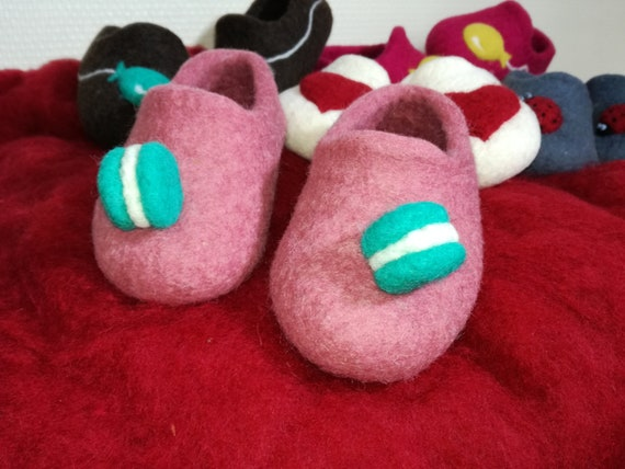 Merino sheep wool slippers and yak wool, felted without soles or with leather semeille
