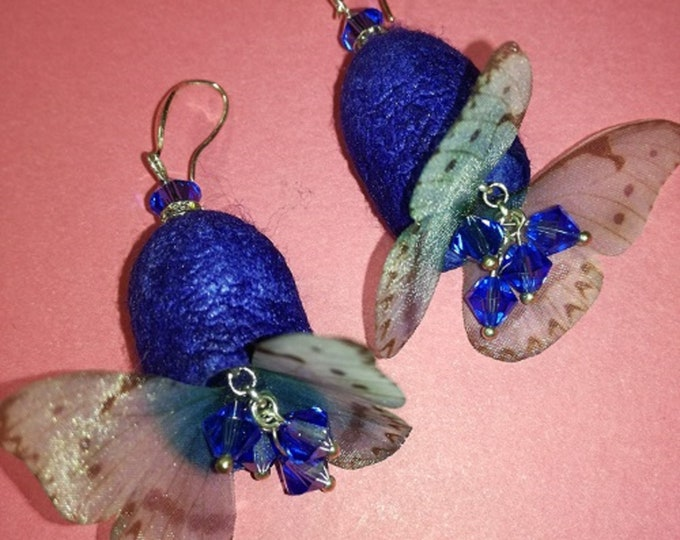 Earrings cocoons silk verse with Swarovski glass beads