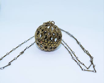 Vintage Necklace with Filigree Ball Pendant
