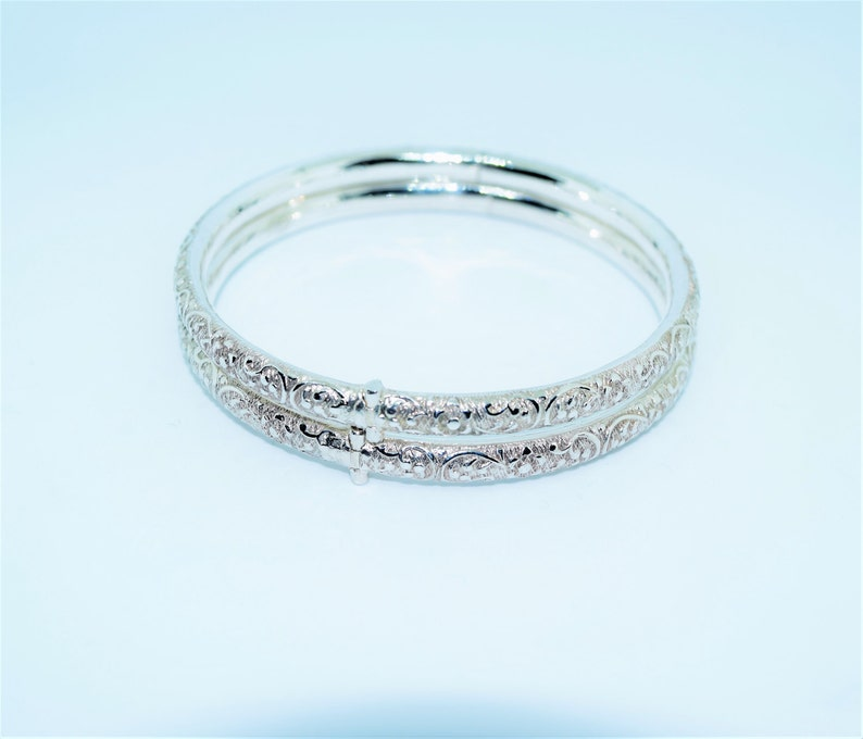 Vintage Sri Lankan Sterling Silver Filigree Bangles x2