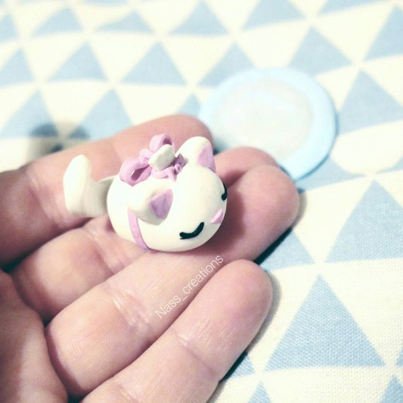 Création En Pate Fimopolymer Clay Tsum Tsum Marie Chat Des Etsy