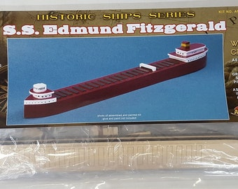 Edmund Fitzgerald Great Lakes Freighter Wooden Model Boat Craft Kit