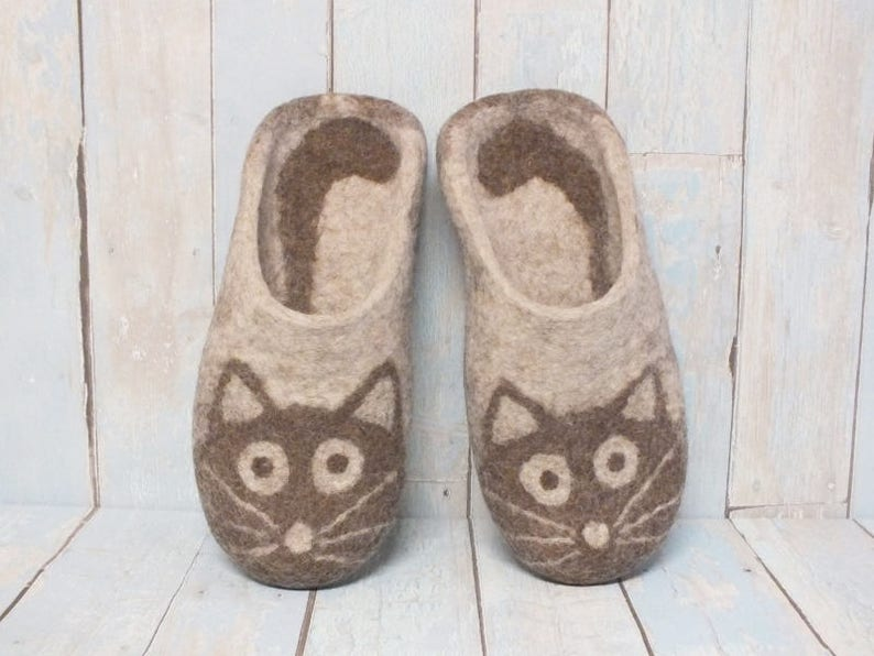 Slippers with cats Women s boiled wool home slippers  66d440cc1