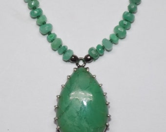 Chrysoprase Necklace with Pendant in .925 Sterling Silver