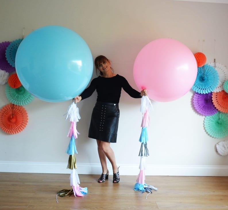 5592d8dfccc Blauwe en roze reuze ballon staart Tassel kwast van de | Etsy