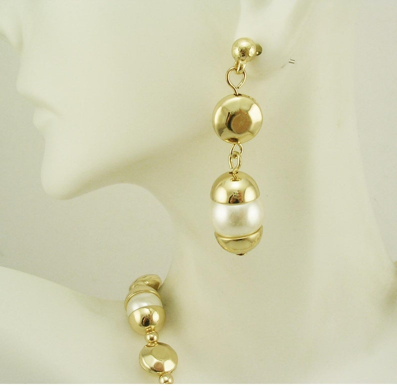 c6fba81486add Chico's Faux Pearl Necklace & Earring Set 16
