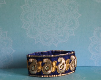 Sari fabric boho bracelet