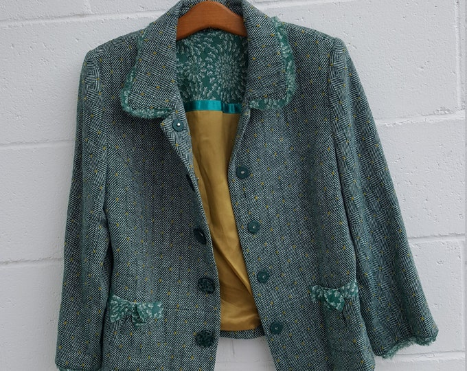 Vintage Ashley B Bernardo Size 10 Tweed Blazer Green White  Fantastic Details Geometric Lined