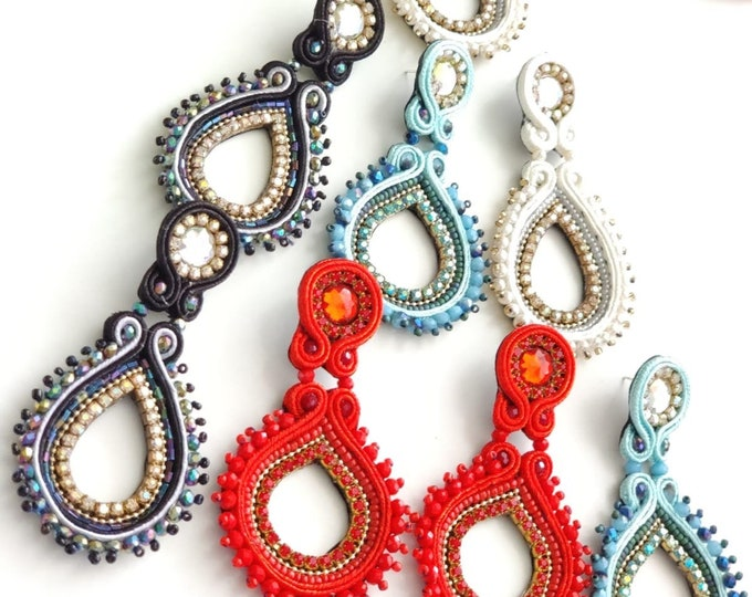 Handmade earrings, soutache earrings, statement earrings, light earrings.