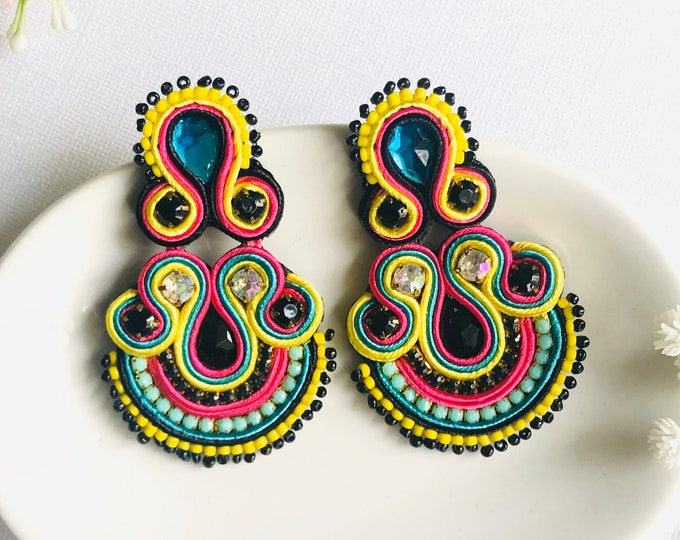 Beaded Soutache earring, handmade statement earrings, soutache jewelry, stunning earrings, wanderlust earrings, soutache earrings