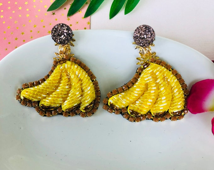 Handmade beaded Banana Earrings, Fruit earrings, food earrings, statement earrings for summer, stunning earrings, funny earrings