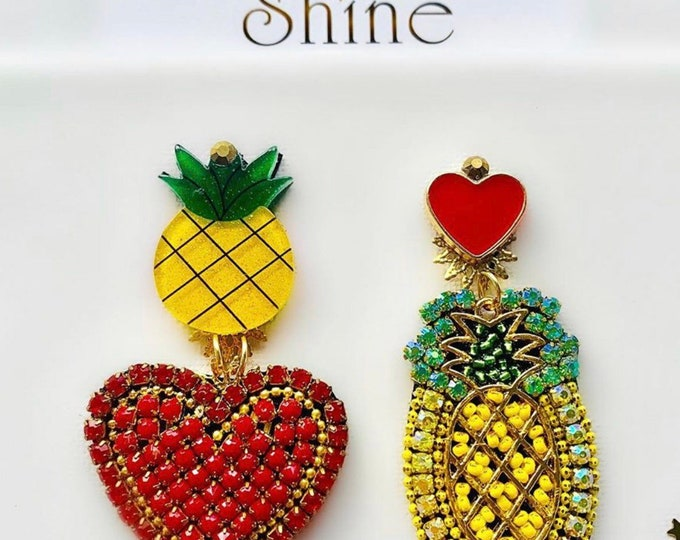 Asymmetric pineapple and hearts