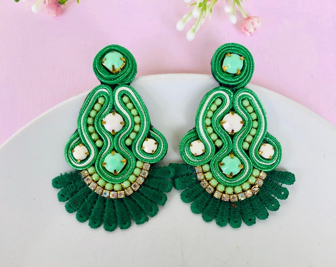 Green soutache earring, Handmade Statement earrings, emerald earrings, soutache jewelry, stunning earrings, soutache earrings